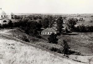 Хрестовоздвиженський храм та школа ім.Шевчека